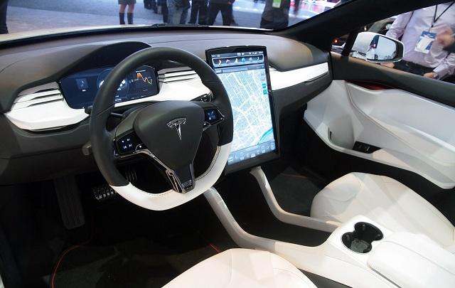 Сегодня состоится премьера Tesla Model 3 1