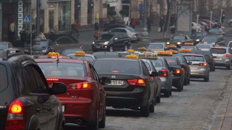 С 1 апреля в Украине начнутся проверки автоперевозчиков 1