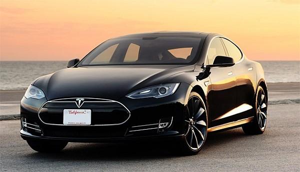 Украинцы не смогут заказать новую «дешевую» Tesla 1