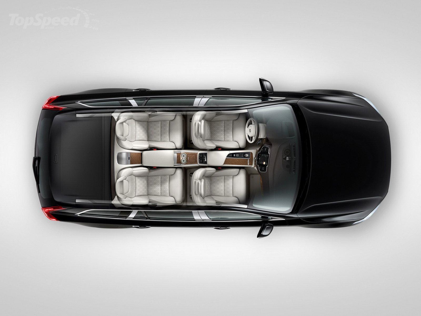 Volvo XC90 Excellence покорил автосалон 1