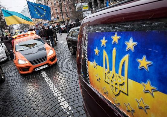 «Автомайдан» выходит на борьбу против разбавленного бензина 1