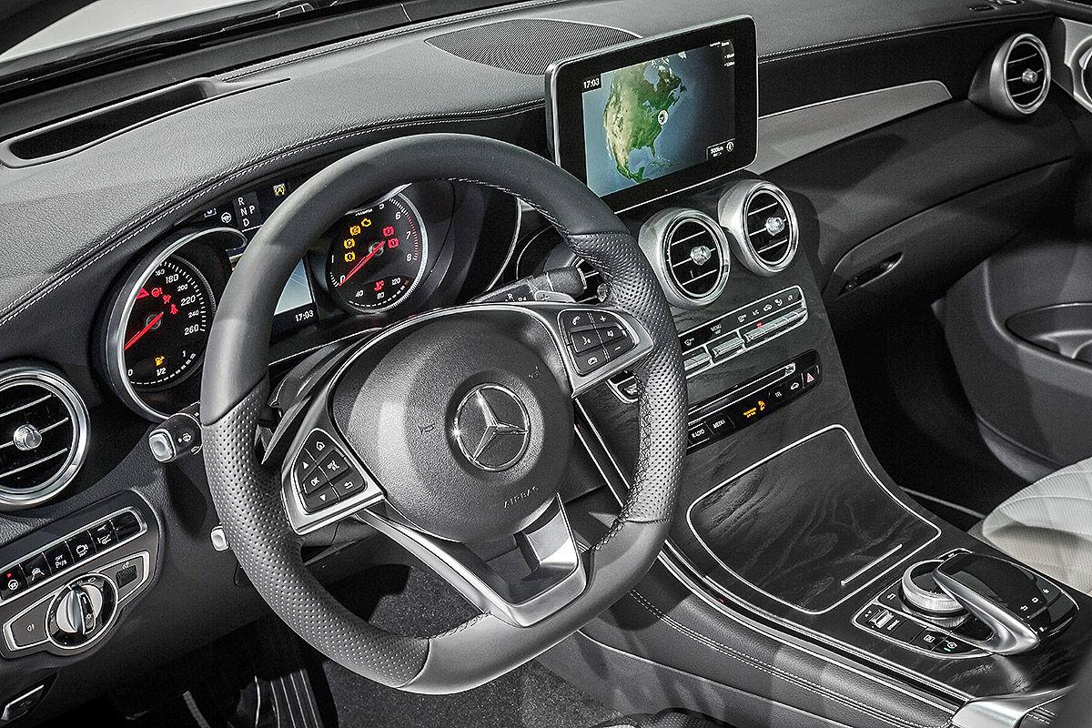 «Внедорожник или купе»?: тест-драйв Mercedes GLC Coupe 9