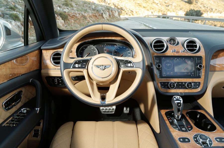 Первый Bentley Bentayga получил достойного владельца 2