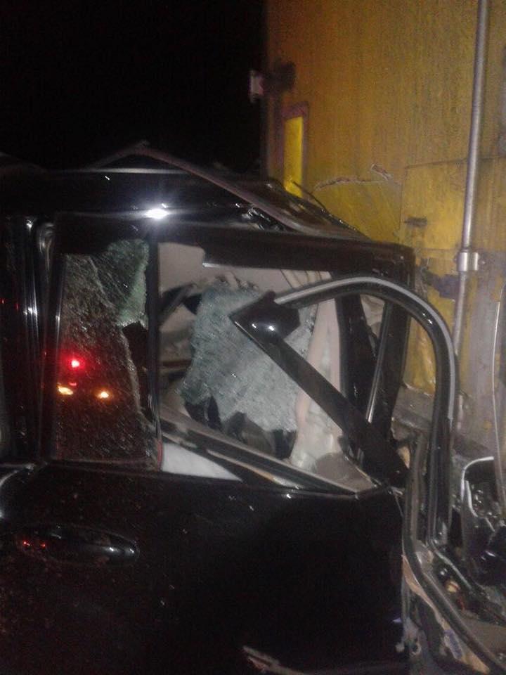 Нетрезвый прокурор на Land Cruiser протаранил автомобиль волонтеров 2