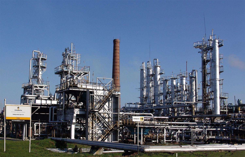 В Украине снизился импорт бензина 1