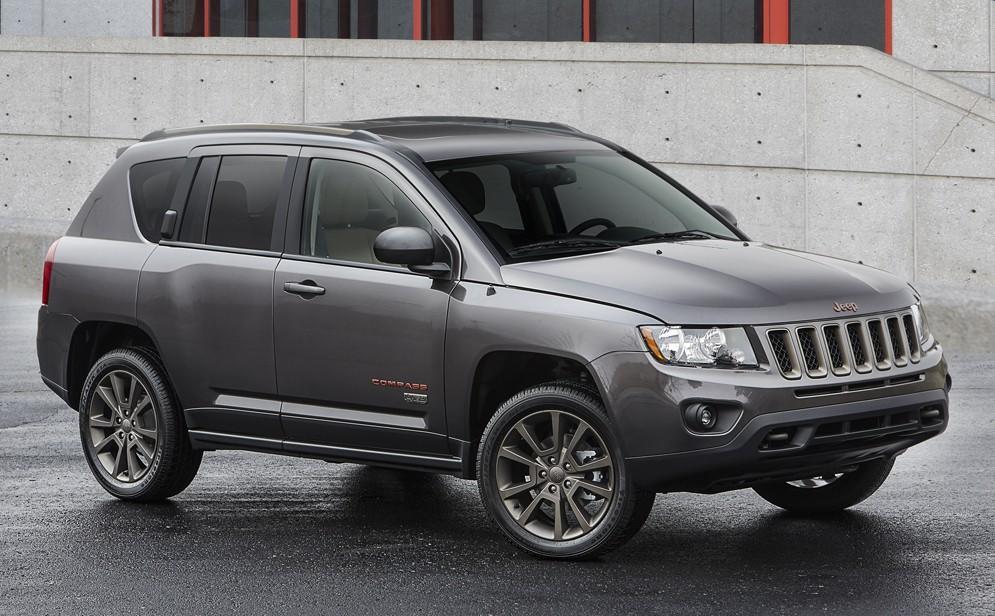Стало известно, когда состоится премьера нового кроссовера Jeep Compass 1