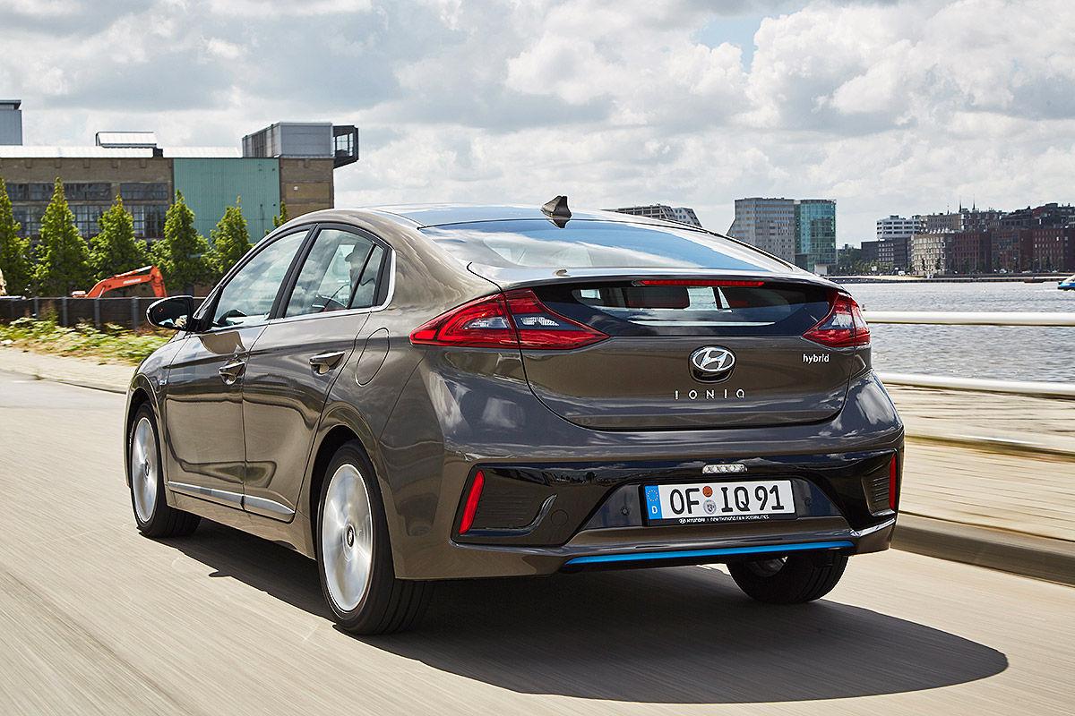 «Противостояние гибридов»: тест-драйв Hyundai VS Toyota 7