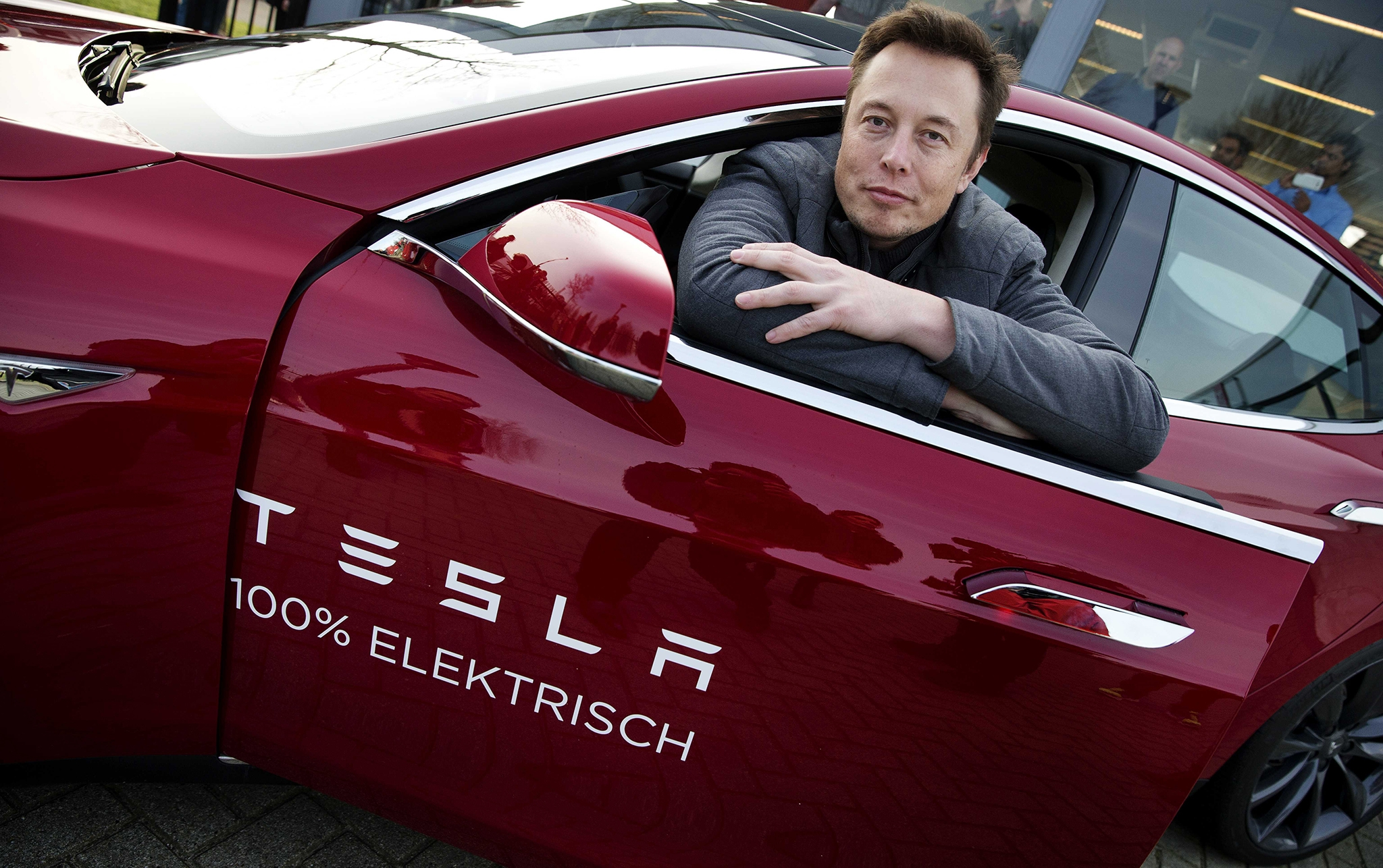 Tesla построит «гигафабрики» по всему миру 1
