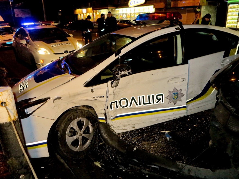 Патрульных полицейских начали обучать вождению 2