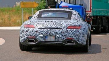 Новая модель Mercedes замечена на тестах 3