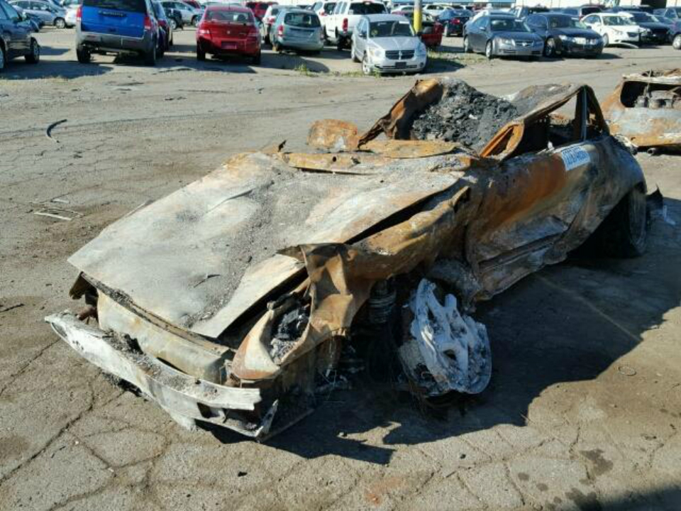 Сгоревший Porsche «уйдет с молотка» за $95 тыс 1