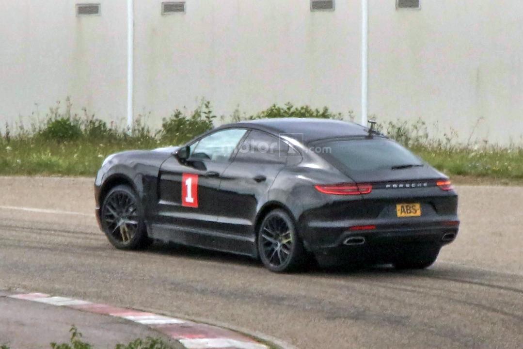 Porsche готовит купеобразную версию Cayenne 2