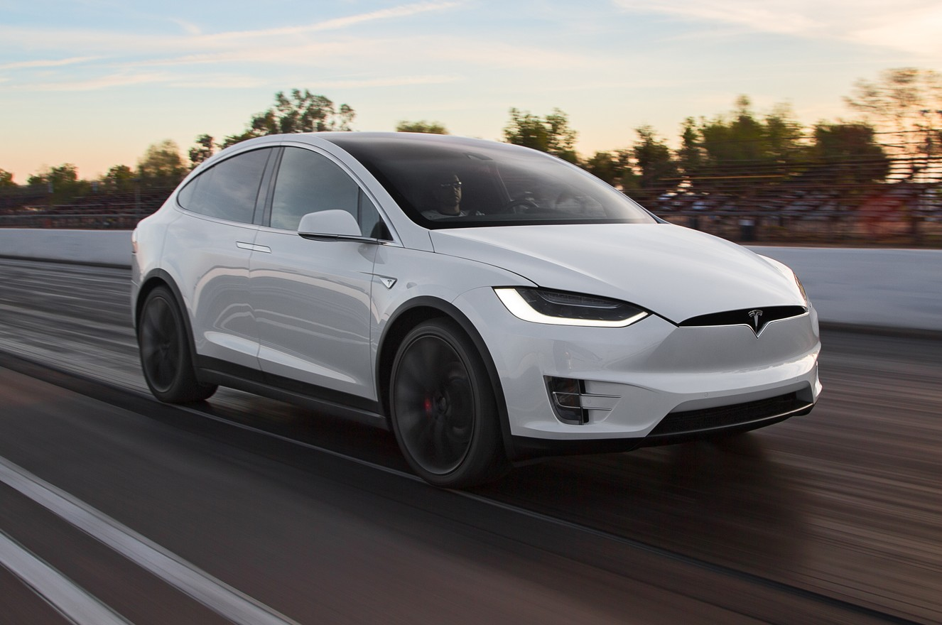 Автопилот Tesla спас жизнь водителю 1