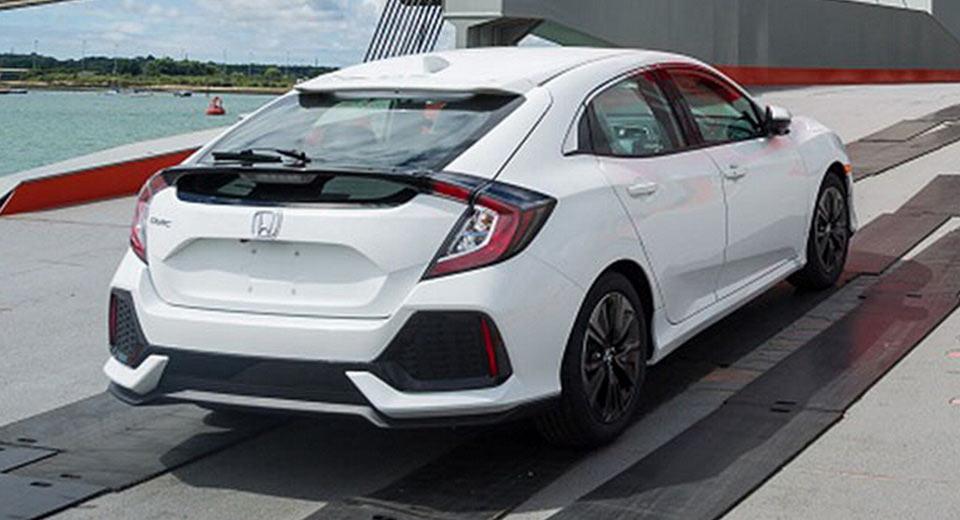 Новый Honda Civic засветился во время погрузки 1