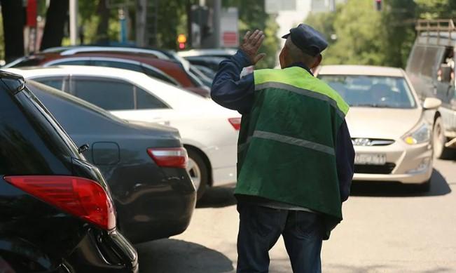 Парковщик по ошибке отдал Porshe Panamera чужому человеку 1