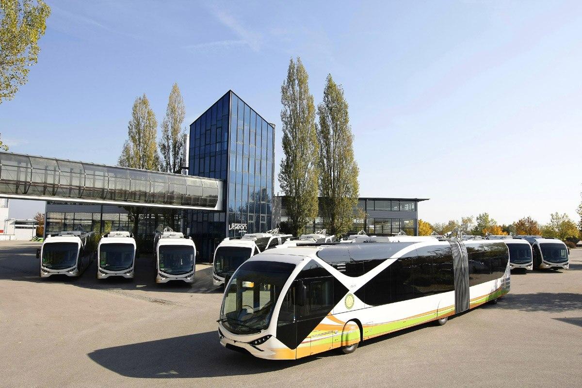 Как выглядит самый дорогой в мире троллейбус 4