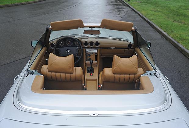 Mercedes румынского диктатора продали всего за 55 тыс. долларов 1