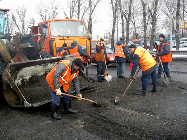 В КГГА хотят запустить интернет-контроль за качеством ремонта дорог 1