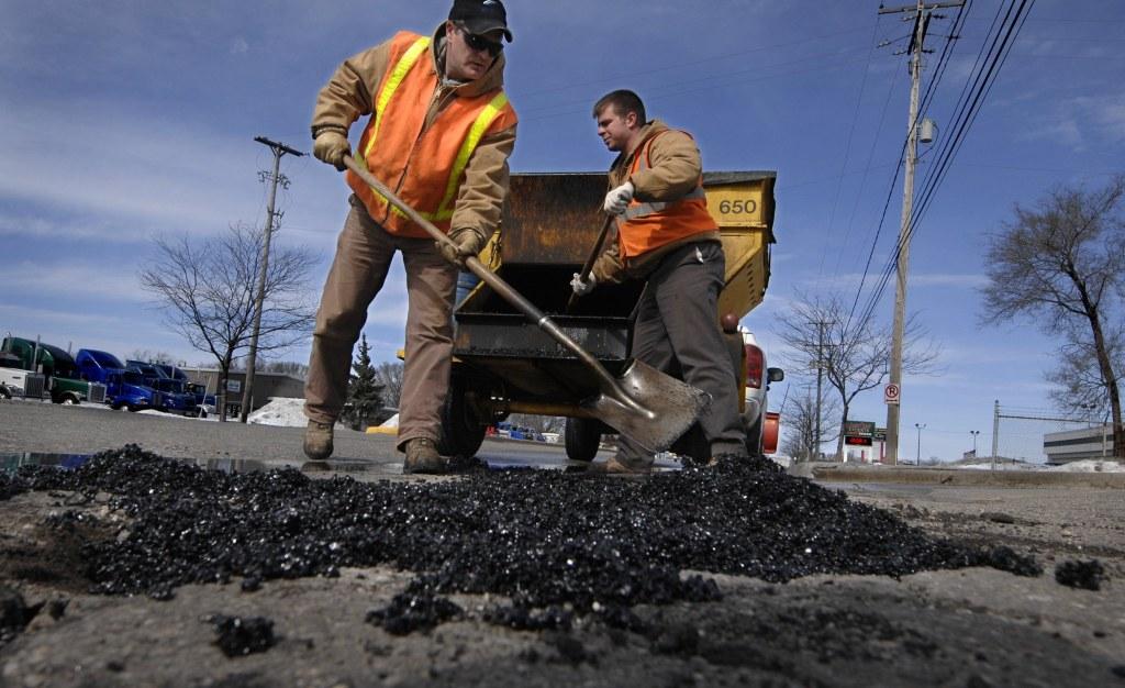 В КГГА хотят запустить интернет-контроль за качеством ремонта дорог 2