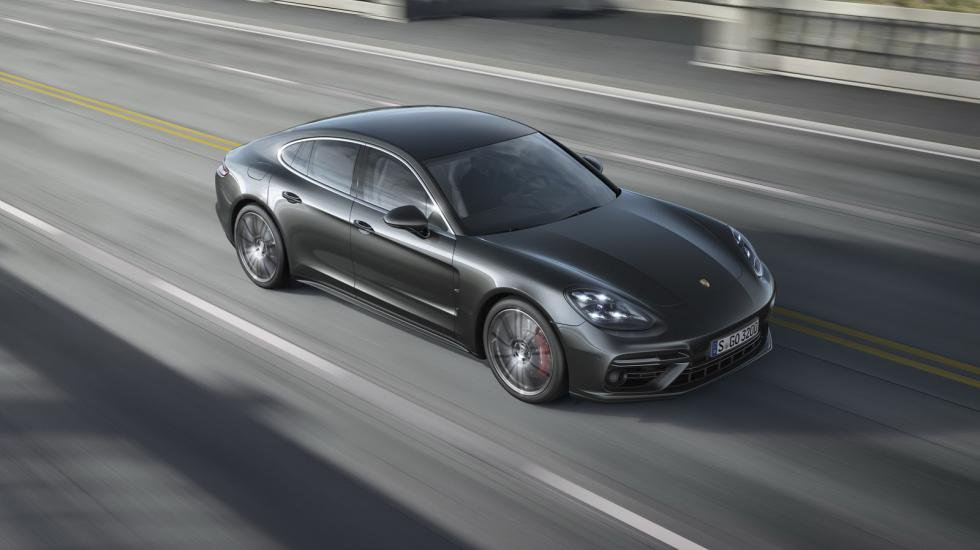 Porsche официально презентует новую Panamera 1
