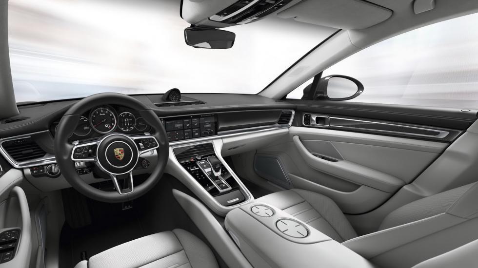 Porsche официально презентует новую Panamera 4