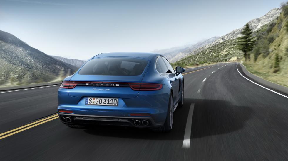 Porsche официально презентует новую Panamera 3