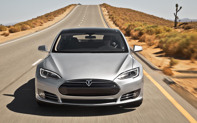 Смертельное ДТП на автомобиле Tesla расследуют в США 1