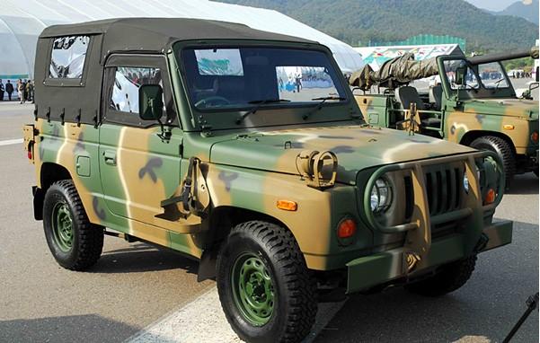 Новый автомобиль украинской национальной гвардии KIA RM-420 2