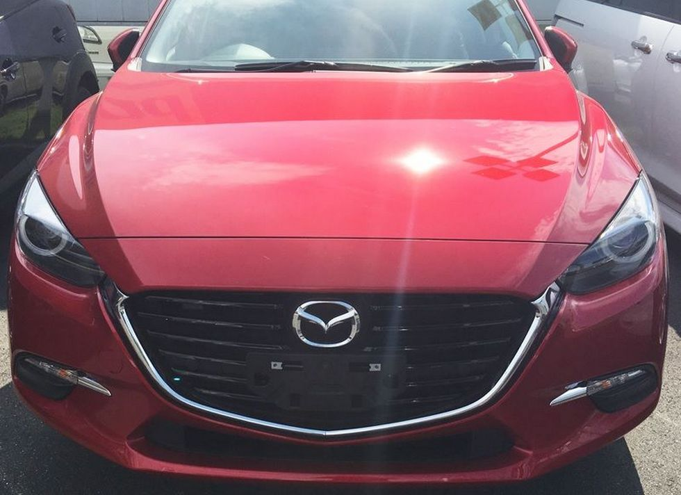 Обновленная Mazda 3 засветилась до официальной премьеры 1