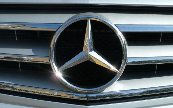 Владельцы Mercedes забудут о проблемах с парковкой 1