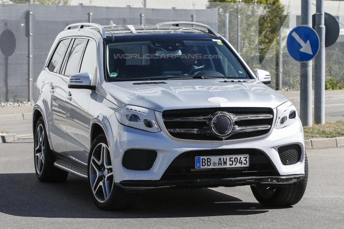 СМИ впервые заметили 2016 Mercedes-Benz GLS  6