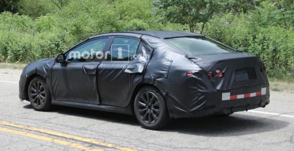 Фотошпионы «поймали» Toyota Camry нового поколения 3