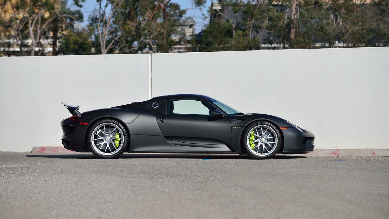 «Самый дорогой» Porsche выставлен на аукцион 2