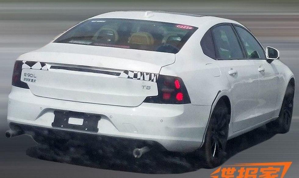 Volvo тестирует удлиненный седан S90L 2