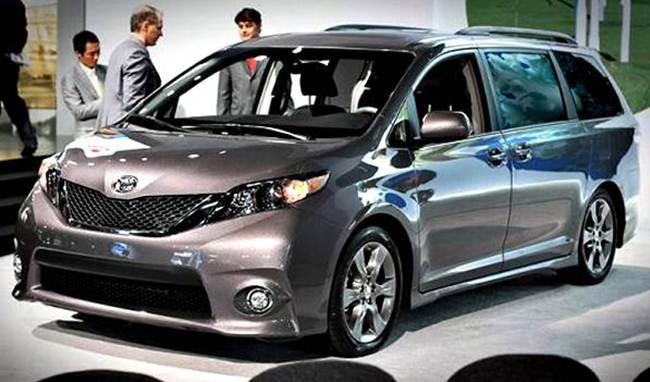 Toyota представила новый минивэн 1