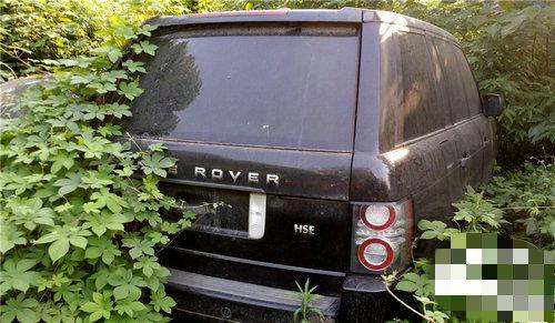В Китае найдена свалка автомобилей с заброшенными Land Rover и Bentley 3