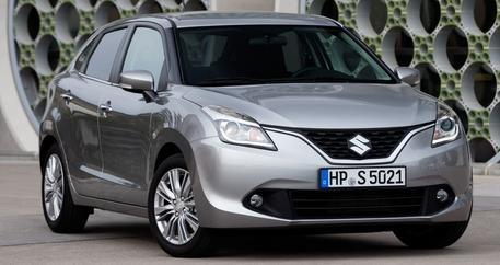 Компания Suzuki представит новый компактный SUV 1
