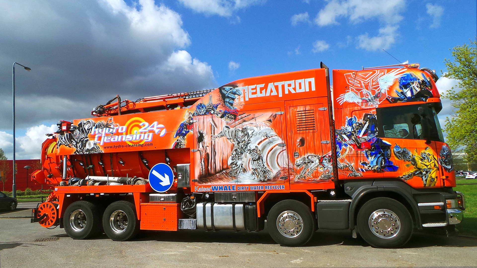 «Terminator»: грузовик-ассенизатор стоимостью 1 млн. евро 2
