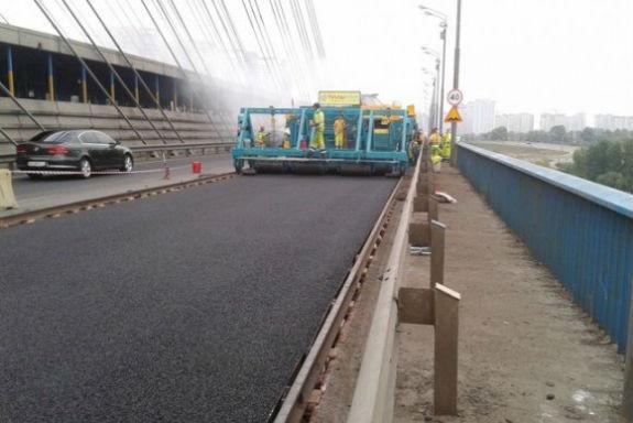 После реконструкции дороги у велосипедистов «отобрали» их дорожку 2