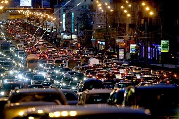 Украинским автомобилистам придумают «дорожный кодекс» 1