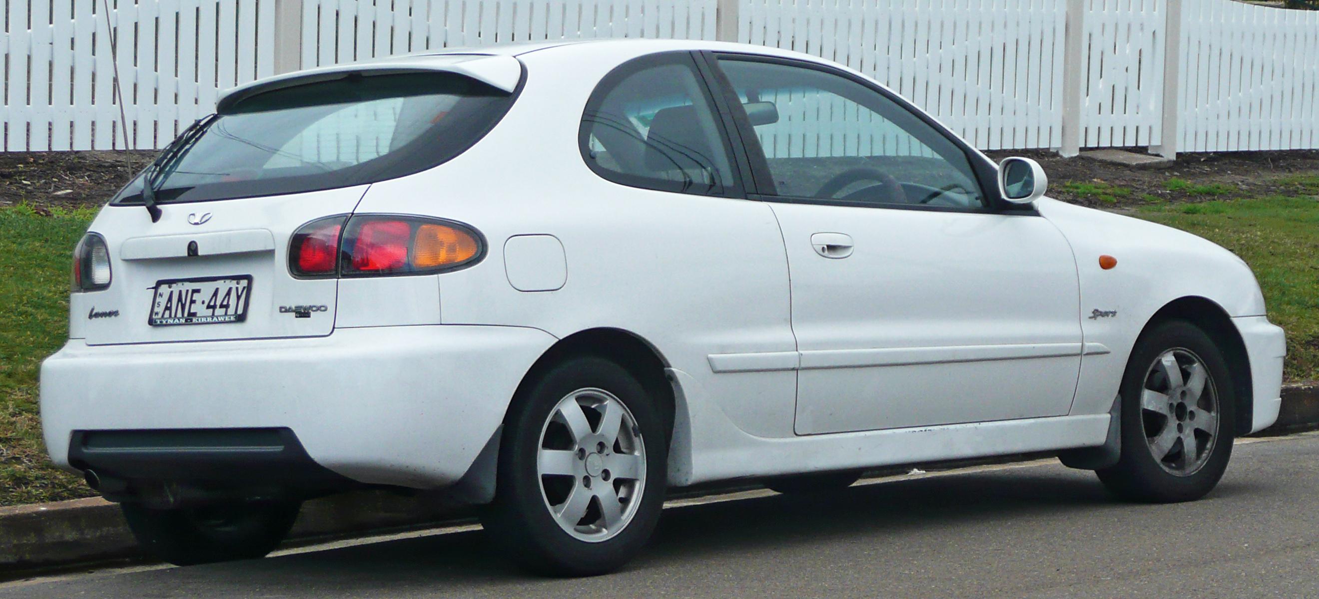 Lanos - самый популярный автомобиль среди американцев 1