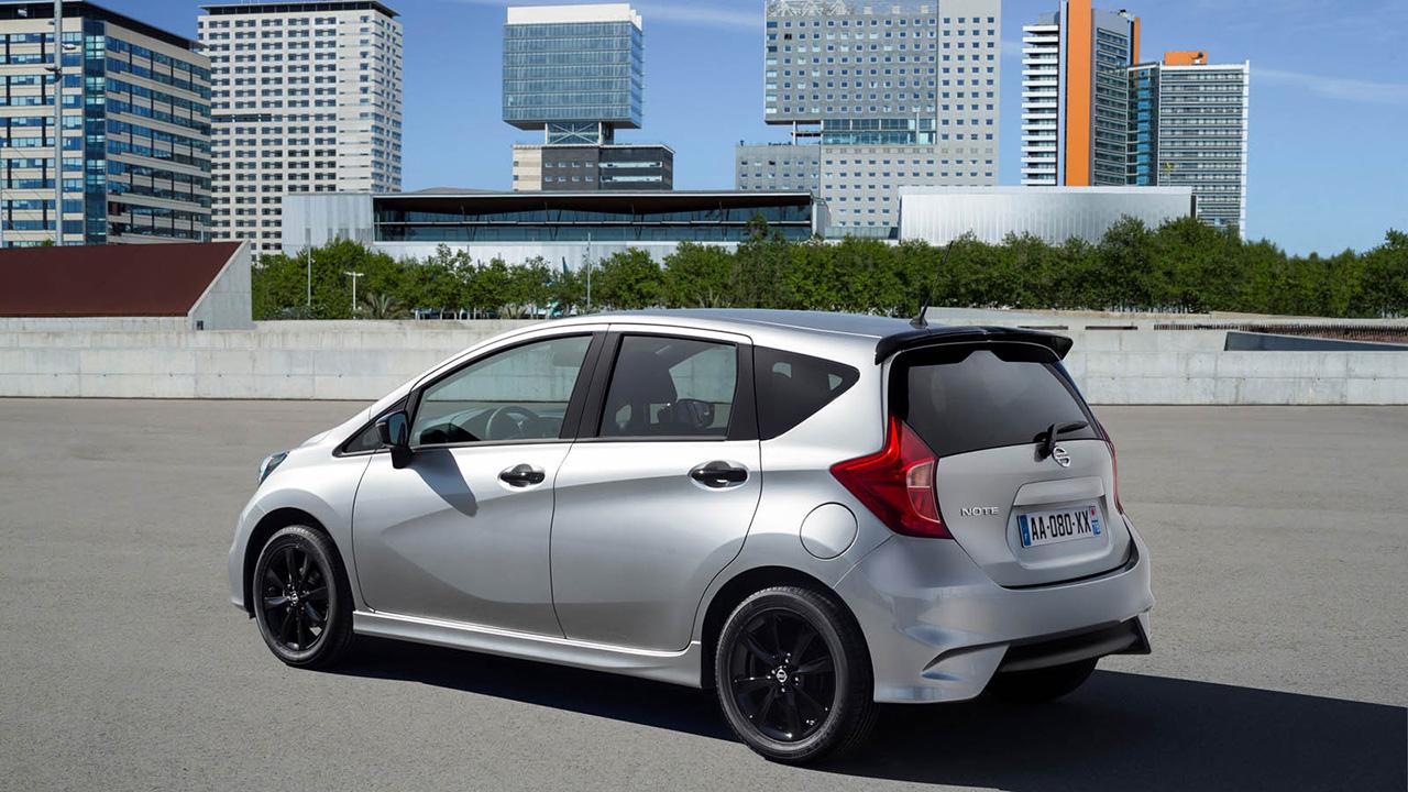 Nissan выпустит ограниченную серию Note Black Edition 1