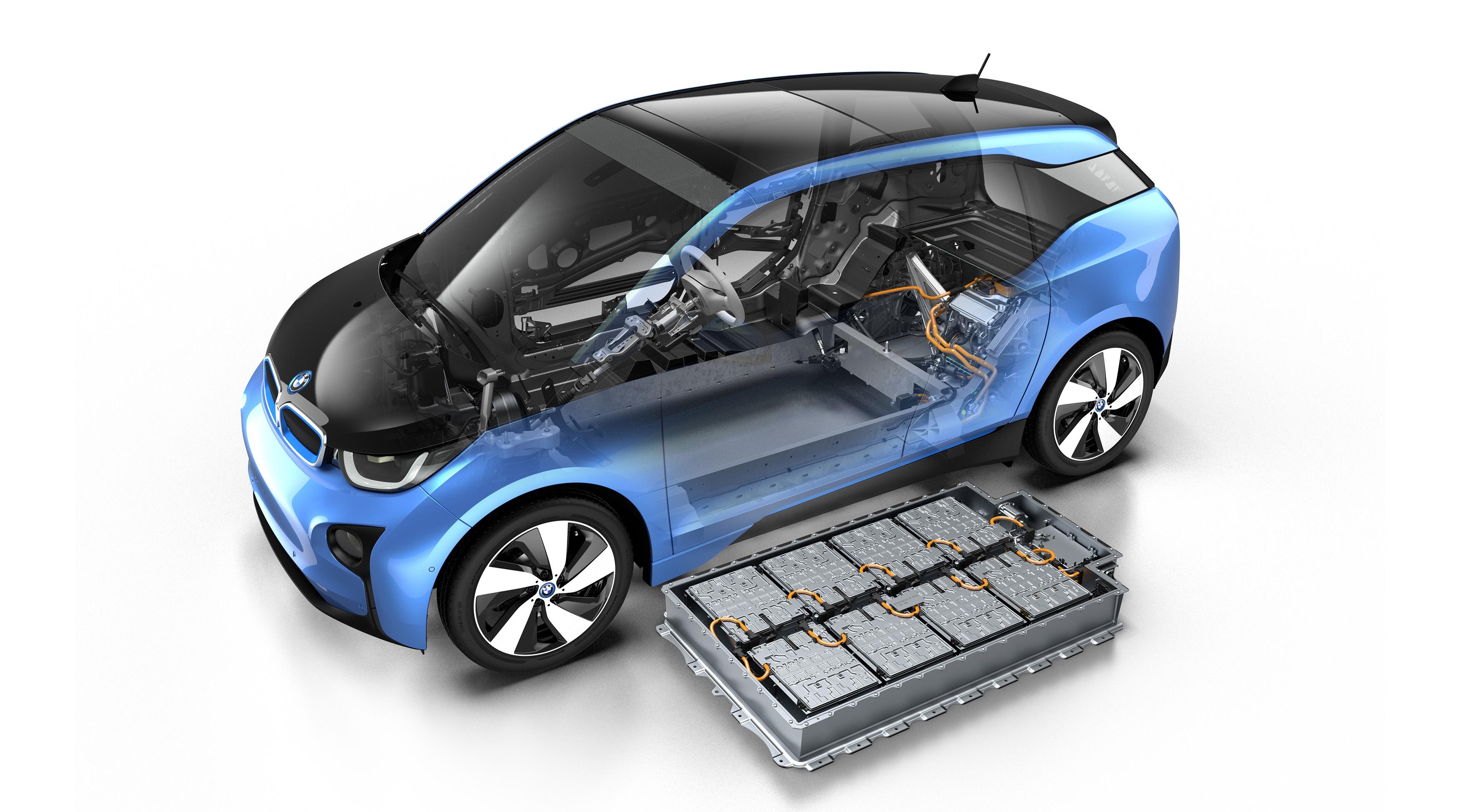 В BMW не будут утилизировать отслужившие батареи от электрокара i3 2