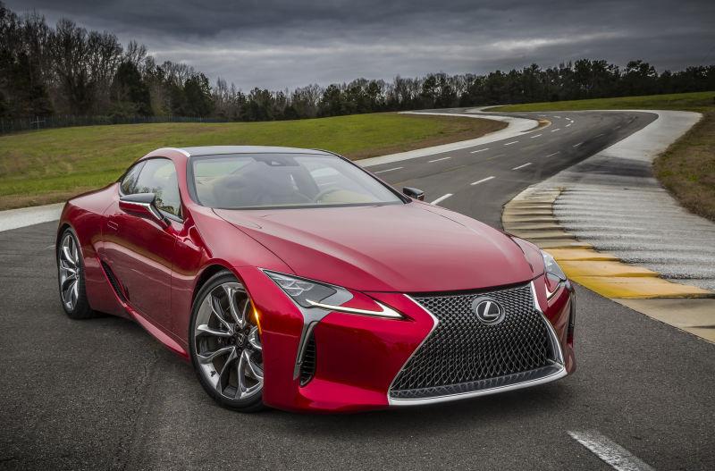 Lexus выпустит новое спортивное купе 1