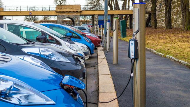 Германия запретит автомобили с двигателями внутреннего сгорания 2