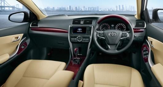 Компания Toyota обновит седаны Allion и Premio 3