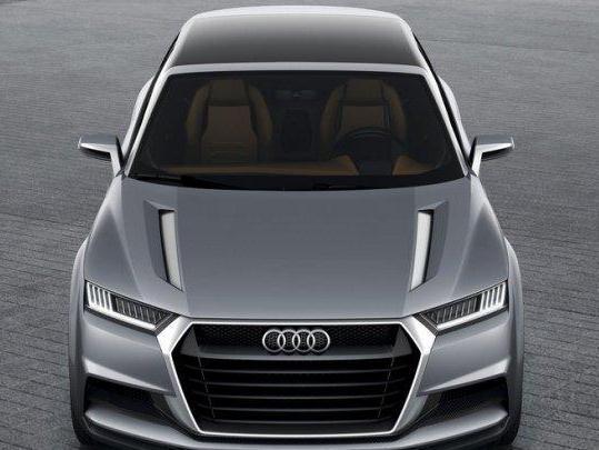 Audi представит «горячую» версию кроссовера SQ2 1