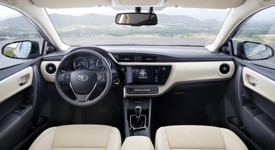Опубликованы фото обновленной Toyota Corolla 1