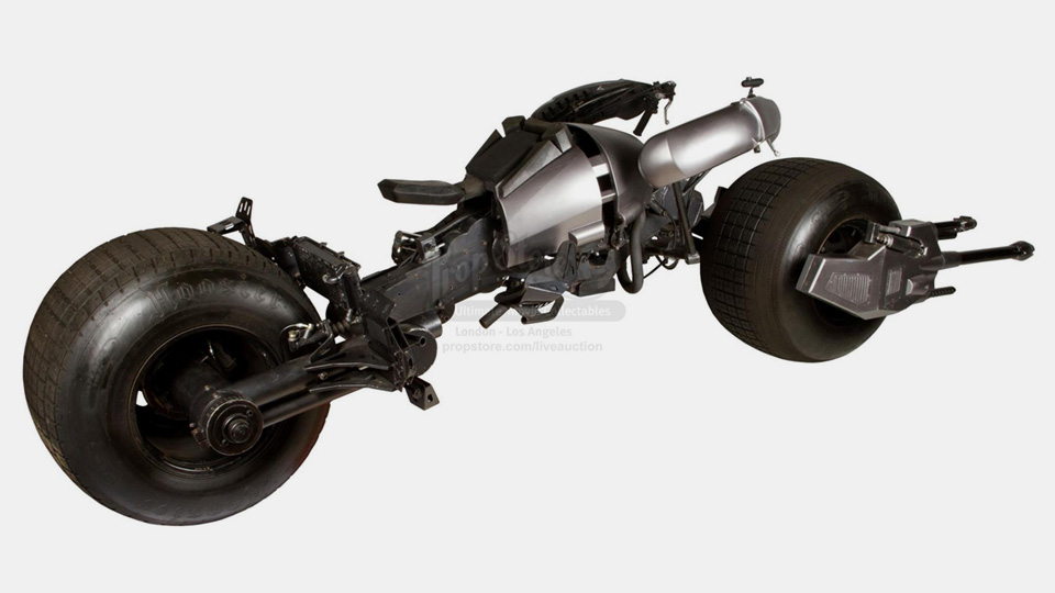 Уникальный мотоцикл «Бэтмена» выставили на аукцион 1