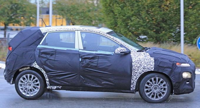 Новый кроссовер Hyundai рассмотрели сквозь камуфляж 2